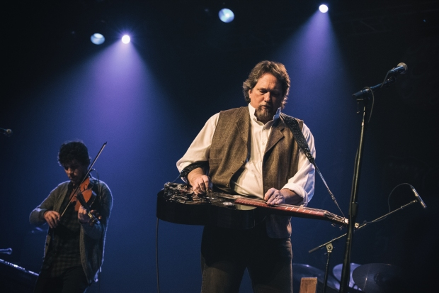 Jerry Douglas.  Photo by Sundel Perry
